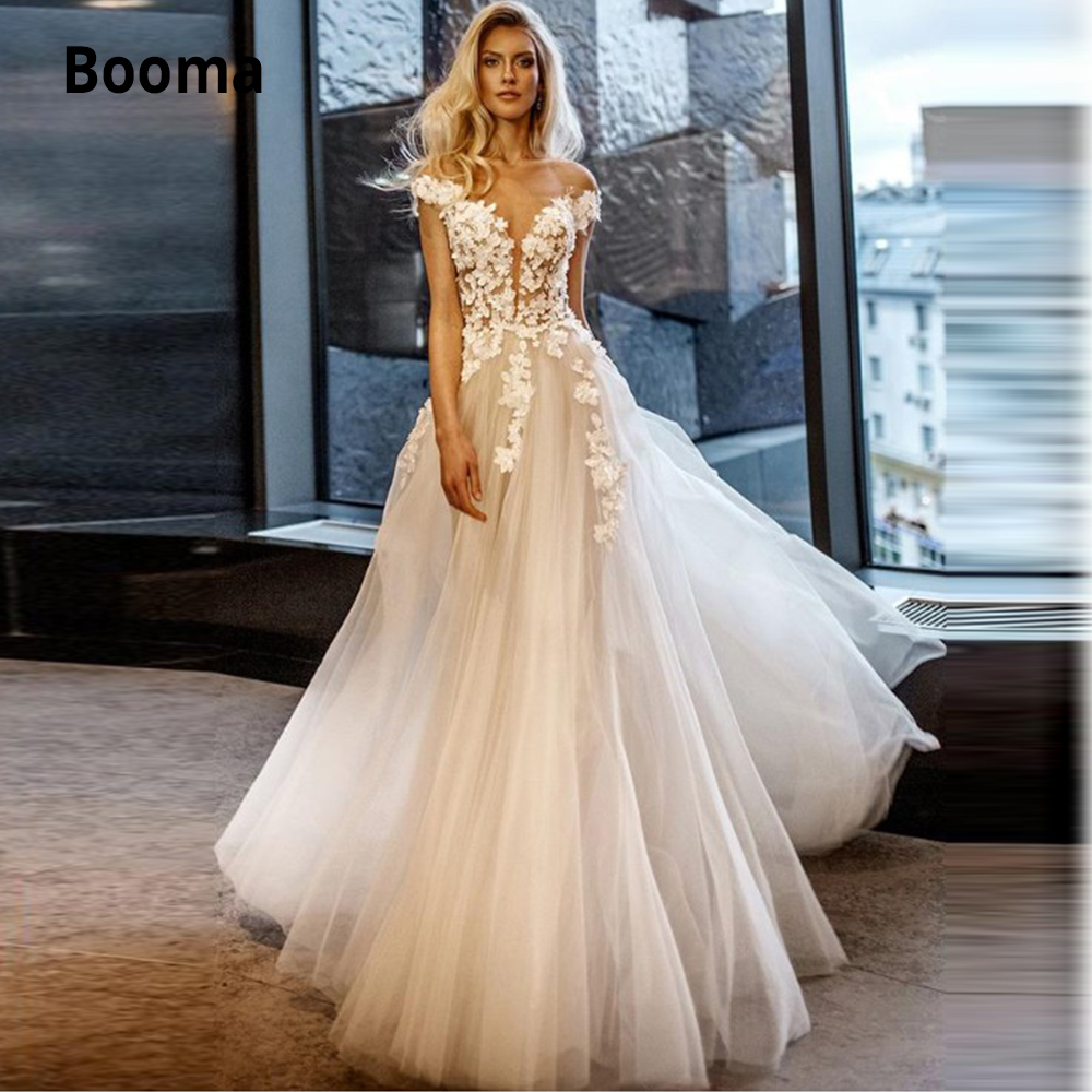 Booma Off The Shoulder Tulle Wedding Dresses Boho Sleeveless Lace Beach Wedding Gowns V-neck Open Back Bridal Gowns Plus Size
