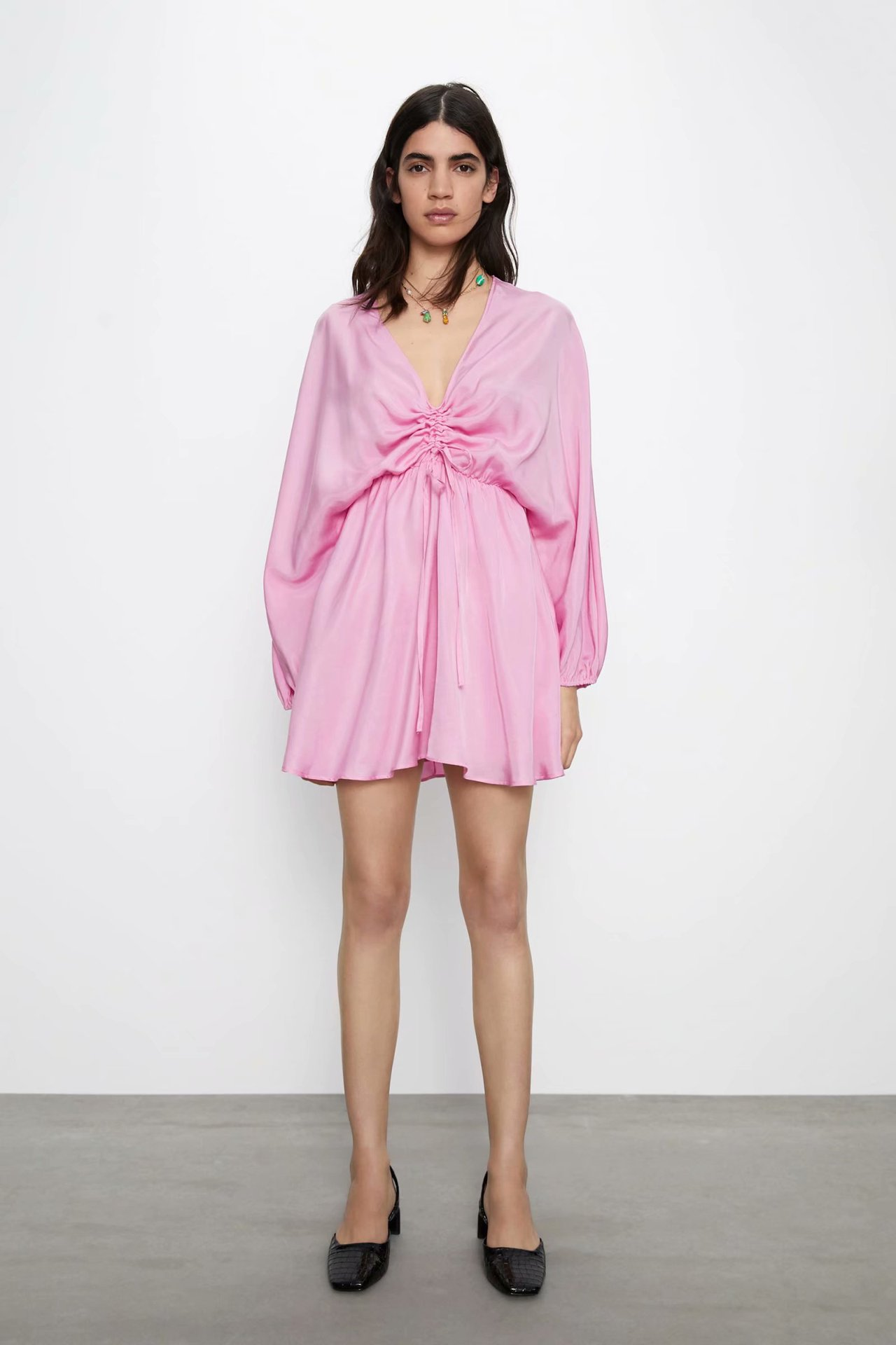 2020 Spring Summer New Style European Silk Textured Pleated Female Dress Zaraing Vadiming Sheining Women Dress HJH2798