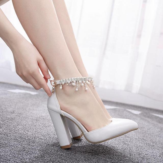 Kryształ królowa klamra pasek kobieta buty ślubne obcasy sandały na wysokim obcasie perła Rhinestone panie Sexy biały buty na koturnach