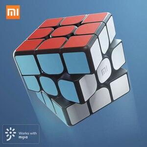 Image 1 - Nowa inteligentna kostka Xiaomi Mijia 3x3x3 6 czujnik osi kolor kwadratowa magiczna kostka Puzzle edukacja naukowa praca z aplikacją Mijia XMMF01JQD