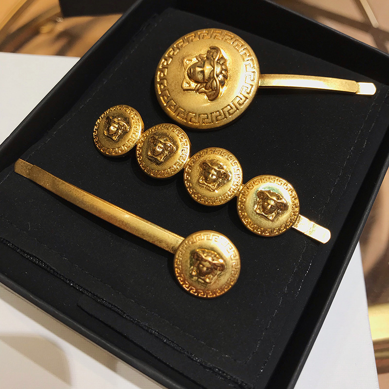 2019 New Fashion Women Bezel Medusa Portrait Punk Golden Coin Hair Clips For Women Elegant Barrettes Tiara  Hair Accessories