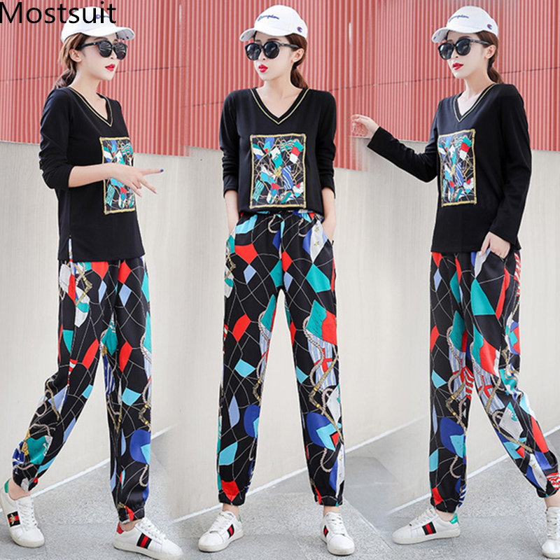 Plus Size 2019 Autumn Printed Casual Two Piece Sets Outfits Tracksuits Women V-neck Tops And Harem Pants Suits Korean Sets Suits 25
