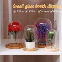 Mały szklany stojak wyświetlacz dzwon pokrywa herbata lampa pokrywa kopuła Globe dzwon szklany kwiat pokrywa dekoracja domu dla światła LED w Figurki i miniatury od Dom i ogród na