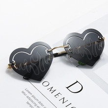 Driver Goggles Punk Glasses Steampunk Heart Party Vintage Women Shades UV400 Flame Love