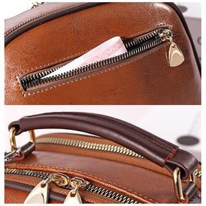 Image 5 - Luksusowy projektant kobiet torby Crossbody torba na ramię moda wisiorek z misiem, pszczoła ozdoba skórzana torebka damska torebki Bolsa