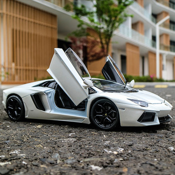 цена на WELLY 1:24 Lamborghini Aventador alloy car model Diecasts & Toy Vehicles Collect gifts Non-remote control type transport toy