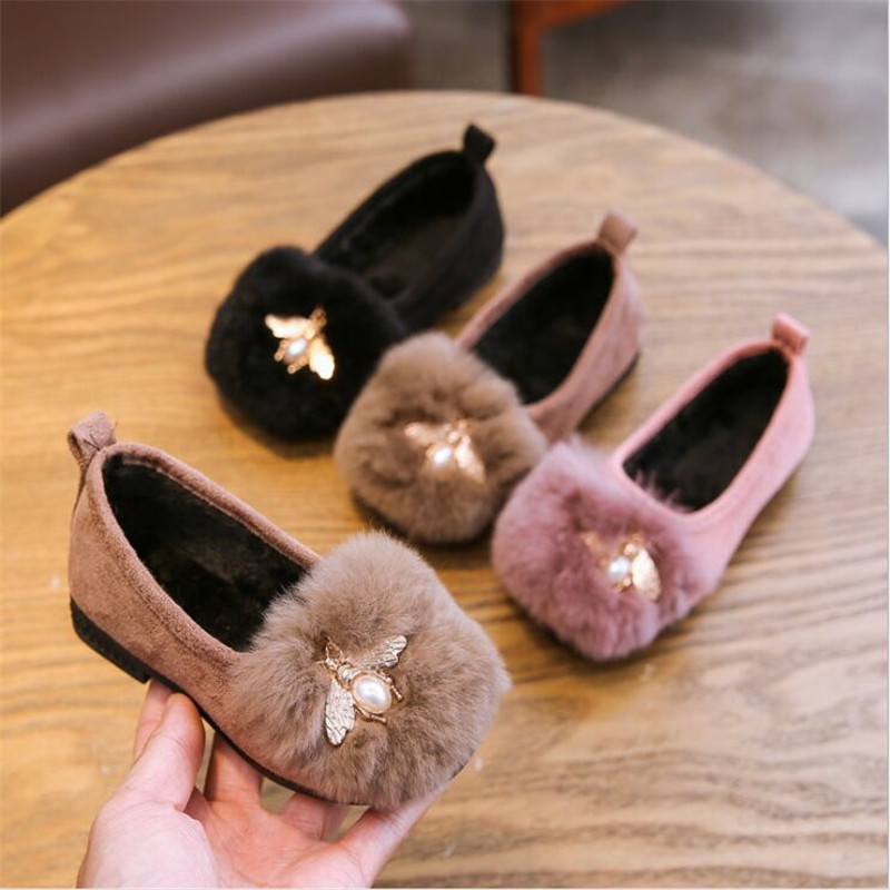 Autumn and Winter Kids Boots With Bee 2019 New Girls boots Fur Shoes Flat sole with Fleece Thermal Bean Warm Shoes