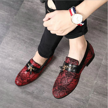 2019 New Style Casual leather shoes Nightclub Party Shoes Tassel Snakeskin Pattern Dress loafers dress Shoes large size A51-34