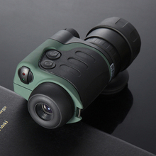 High-definition low-light-level monocular night vision hunting patrol infrared telescope