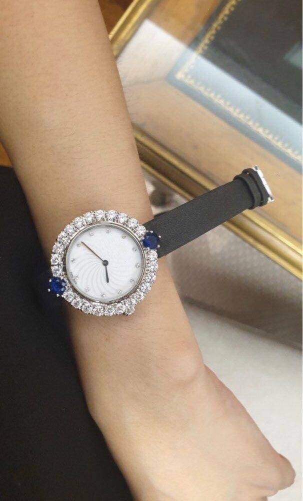 Luxury brand accessories generally leather quartz watch round white dial wrist watch blue gems diamond lady clock logo watches(China)