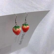 Moda simples acrílico morango pingente brincos qualidade gota brincos para meninas feminino presente adorável jóias