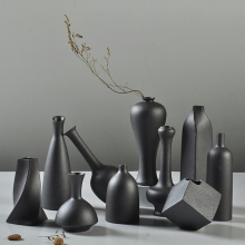 Zen Ceramic Vase decoration creative black Tabletop Vases Flower arrangement container Home Decor crafts vase decoration white ceramic vase living room decoration nordic style home decoration accessories hogar moderno flower vases home decor