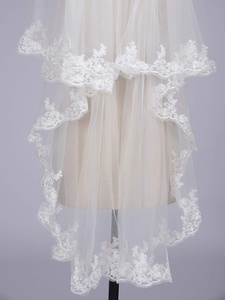 Image 4 - Womens Short 2 Tier Tulle Sheer Lace Wedding Bridal Veil with Comb Velos De Novia Fingertip Vail  Ivory Veil Two Layer