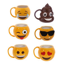 3D Funny Emoji Coffee Mug Ceramic Cup Poo Mug Grinning Face Poop Drinking Cup with Swirly Lid Funny Gag Gift caneca(China)
