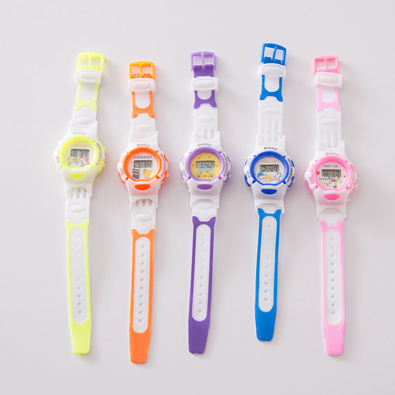 The New  Fashion Gift  Electronic Kids Watches  Cartoon Student Environmental Children Watch