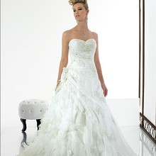 ruffles Sweetheart Open back lace sweetheart Asymmetric Organza beads sequins bridal gown 2018