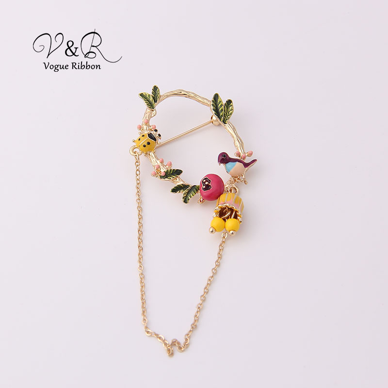 Cute Enamel Tree Leaf Ladybug Bird Nest Dangling Chain Brooch Pin For Women Cute Christmas Brooch 2019 New Jewelry Accessories (1)