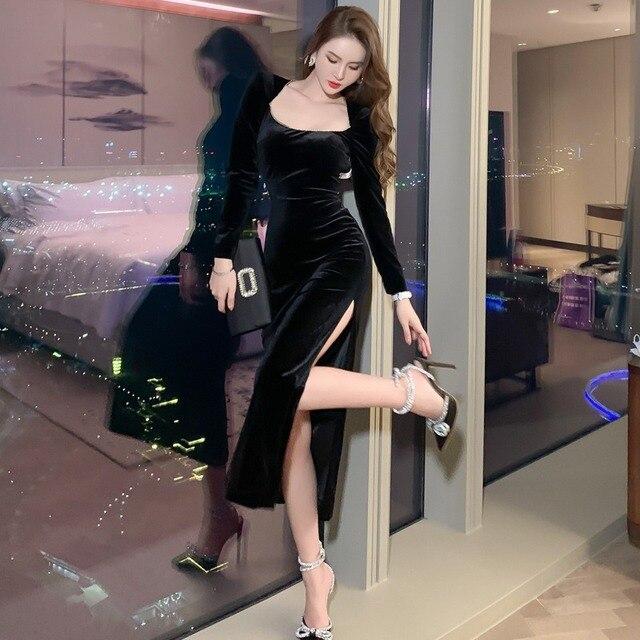 2021 Autumn Elegant Women Long Sleeve Slim Split Velvet Black Sexy Backless Evening Party Dress 2