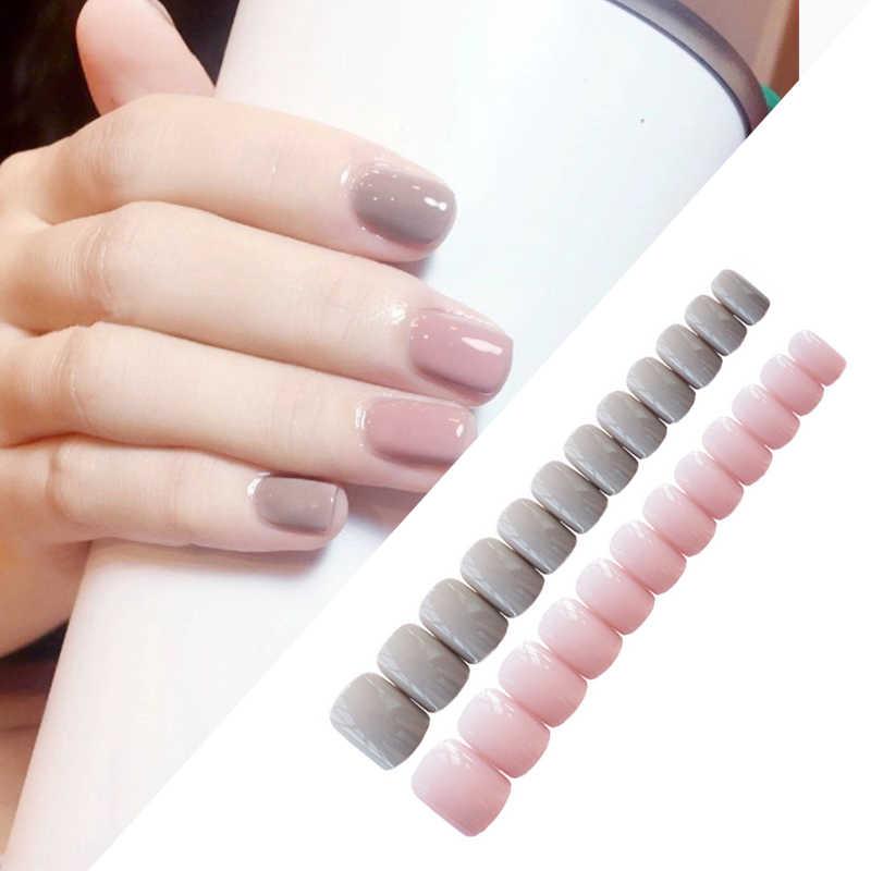 Faux ongles mignon doux gris clair poudre saut tête carrée couleur unie couverture complète faux ongles fini 24 pièces Nail Art Tools
