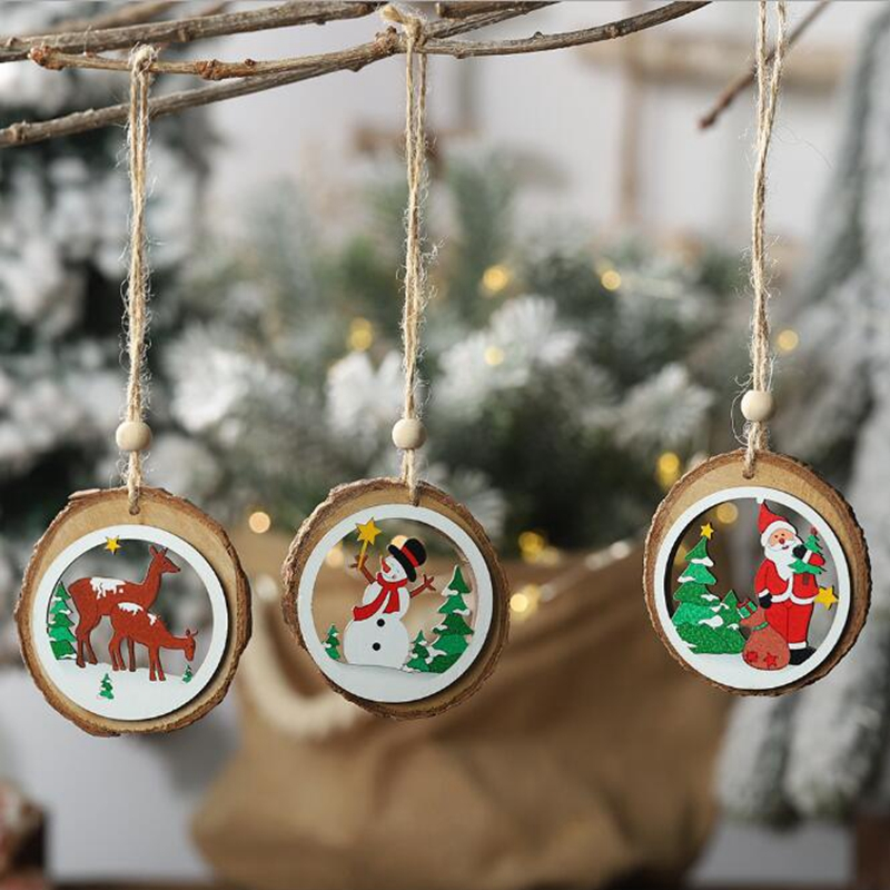 1pcs 2019 Christmas New Wooden Decorative Supplies Round Openwork Pattern Wooden Pendant Christmas Tree Decoration Explosion