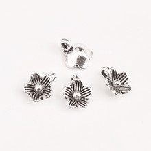 S925 Sterling Silver Thai Vintage Small Flower Charms Handmade DIY Beaded Material Bracelet Accessories