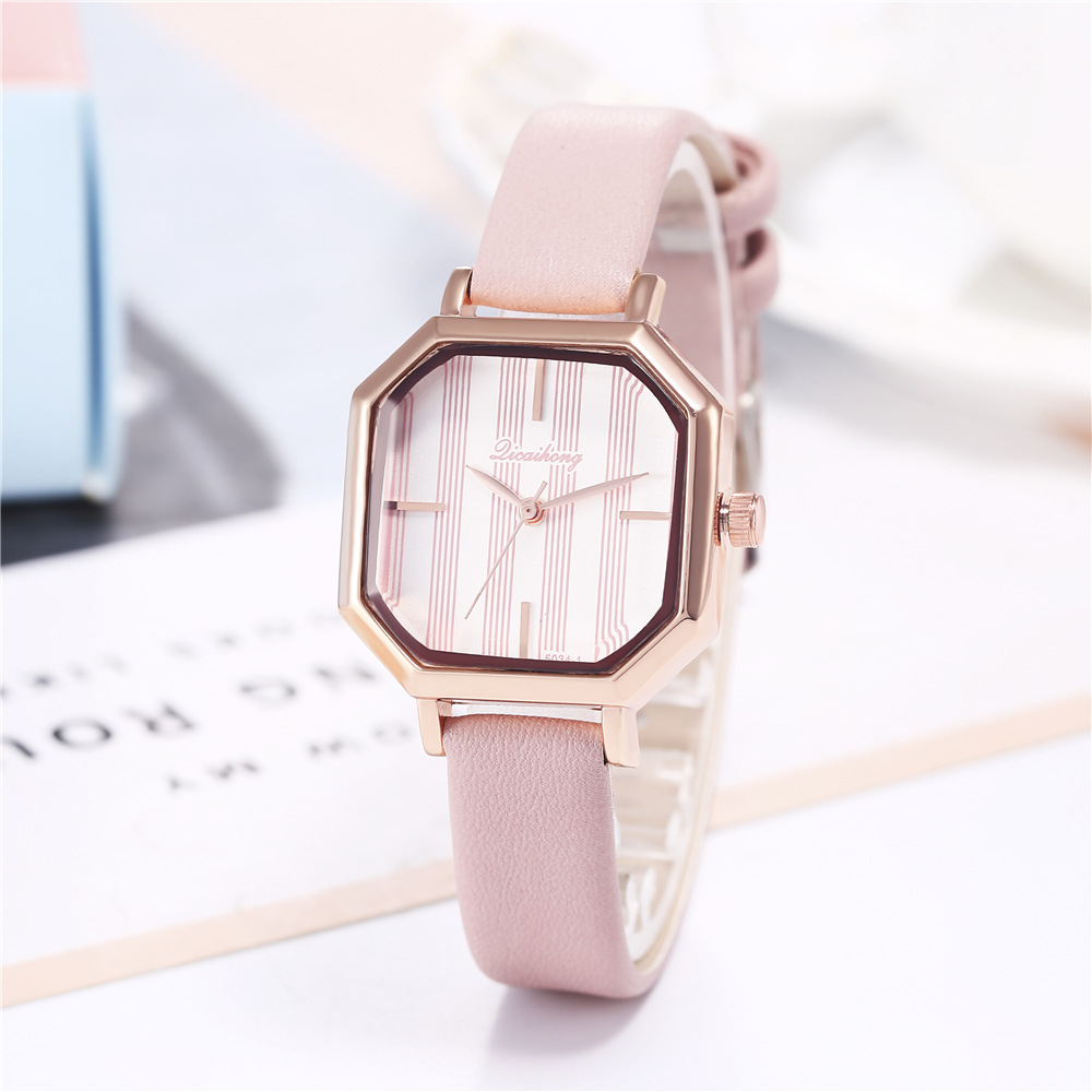 Fashion Young Girl 2019 Cool Luxury Women Watches Ladies Watches Leather Band Women's Quartz Wristwatch Watchproof Reloj Mujer