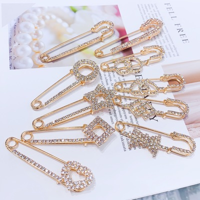 Big Size Pendant Charm Pins For Women Peacock Swan Heart Animal Pearl Bow Brooch For Women Jewelry Accessories Fashion