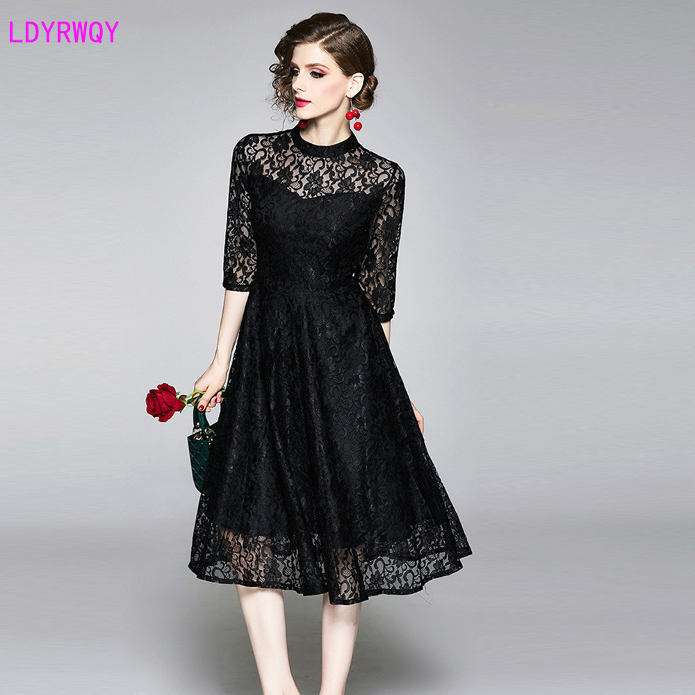 2019 European and American style women's autumn new slim slimming temperament elegant five-point sleeves openwork lace dress