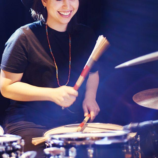Bâtons de tige chaude tambours brosses bâtons de brosse brosses bâtons bâtons bâtons de brosse rétractables bâtons ensembles de brosse pour Jazz musique Tota