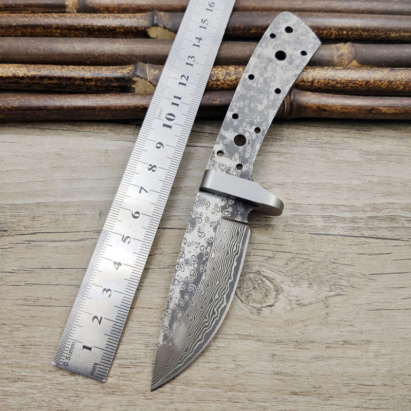 X-13DP 60HRC Damascus Steel Sandwich Clamp Steel Integral Keel Hunting Knife With Brass Guard  DIY Knife Blade Material