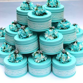 30pcs European handmade flower lace lake blue tin candy box wedding candy box wedding supplies tin box free shipping