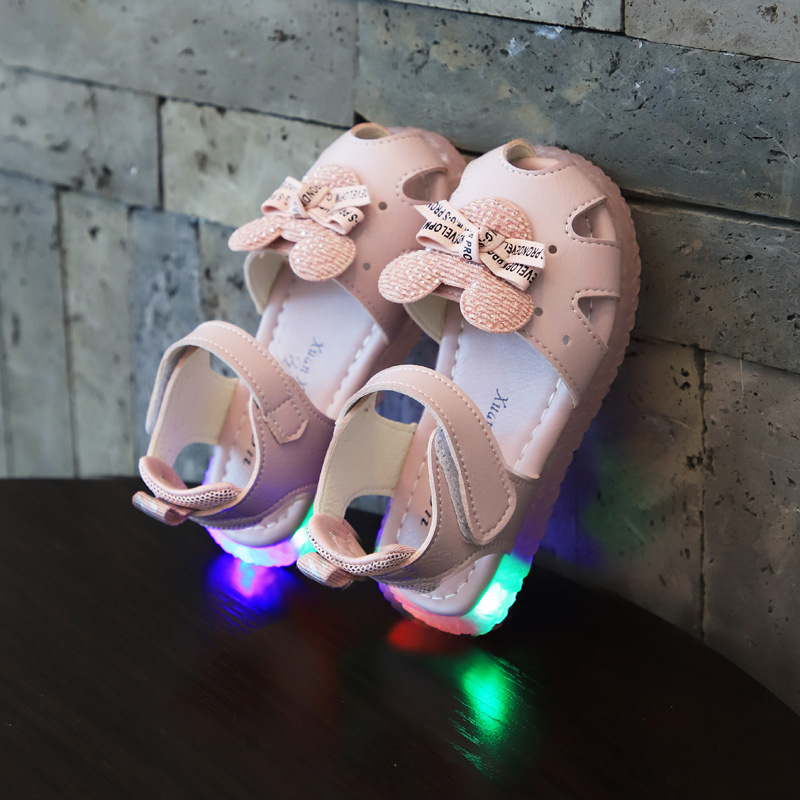 Fashion Summer Children's LED Light Beach Sandals Casual Comfortable Cartoon Mouse With Bow-knot Flats For Girls Kid Beach Shoes