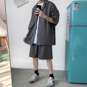 Image 4 - Style coréen hommes ensemble costume veste et Shorts solide mince à manches courtes poche unique genou longueur été surdimensionné vêtements homme