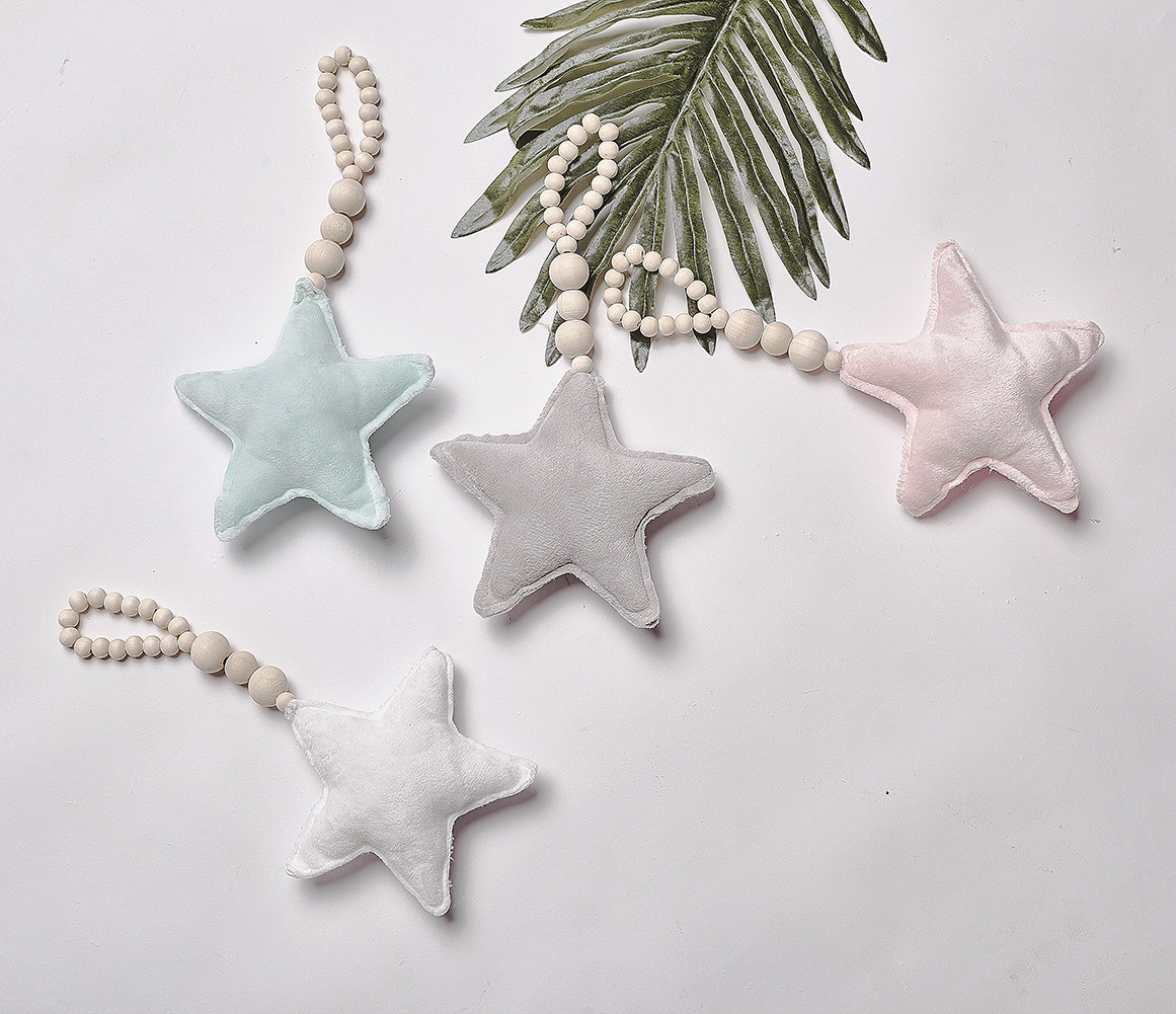Baby Teether Wooden Newborn Dental Care Baby Stroller Hanging Toy Heart Star Photography Props Baby Bedding Decoration