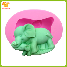 Mother and child elephant silicone mold chocolate cake decoration mold plaster aromatherapy soap mold aromatherapy and massage for mother and baby