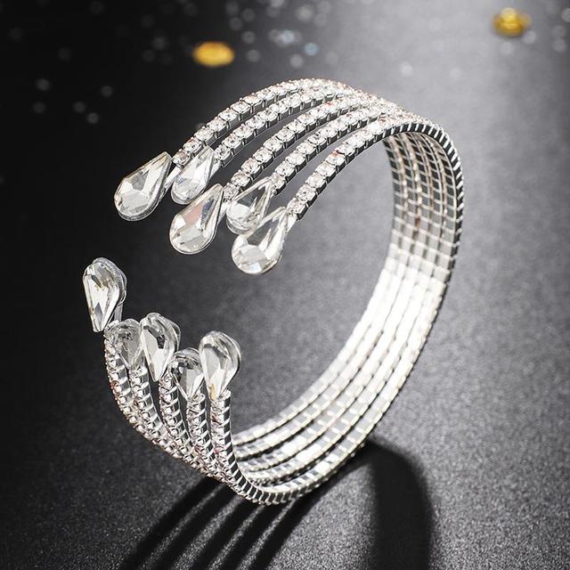 YFJEWE luxe 5 rangées Bracelet en cristal dames couleur or Bracelet mariée strass Bracelet fête demoiselle dhonneur cadeau bijoux B273