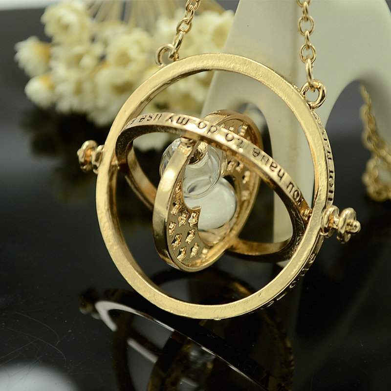 New Harri Time Reversal Hourglass Necklace 360 Degree Rotatable Time Converter Magic  Pendant Gifts For Kids For Gift
