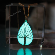 New Luminous stone Water drops Pendant Necklace copper wire winding tree Glow In The Dark Charming Necklace Handmade silver link luminous stone pendant necklace long chain moon pendant glow in dark hollow women necklace pendants jewelry