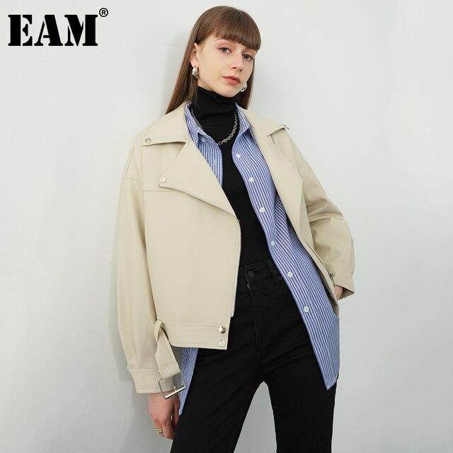 [EAM] جديد ربيع خريف 2020 التلبيب كم طويل المشمش بولي Pu جلدية فضفاضة كبيرة الحجم قصيرة سترة المرأة معطف الموضة المد JX445