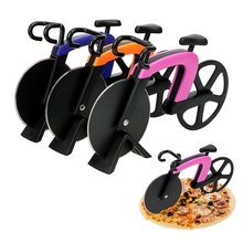 Bicycle Pizza Cutter Bike Wheel Chopper Roller Slicer Cutting Knifes Kitchen Gadget