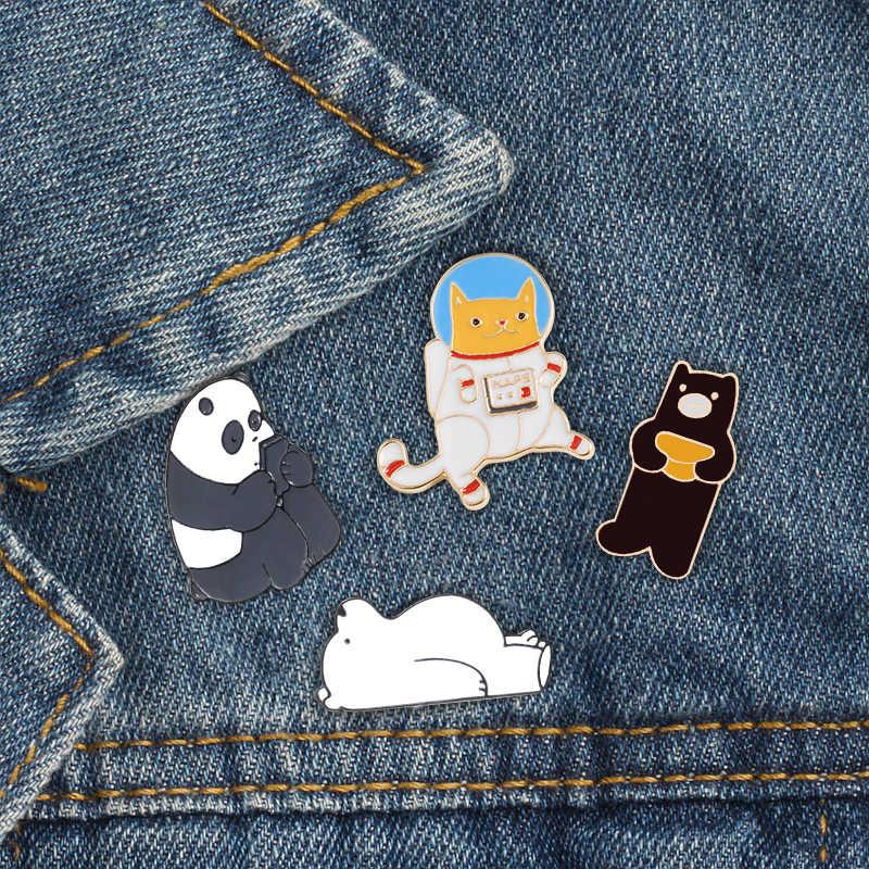 Uzay köpek sevimli Panda broş ve iğneler karikatür hayvanlar tavşan ayı giysi yaka rozeti emaye Pin düğmesi çocuklar için çanta takı