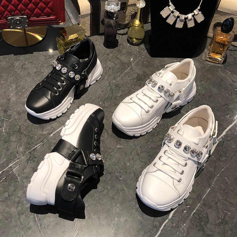 Kristal ayakkabı kadın sonbahar deri ayakkabı kadınlar lüks Casual Buty Damskie kalın taban bayanlar ayakkabı moda Zapatos De Mujer