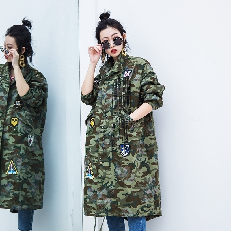 Military Camouflage Trench Coat 2019 BF Handsome Outwear Women Badges  Winderbreaker Female Harajuku Coat Plus Size SA106S30