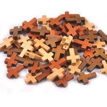 50 pçs cruz grânulos decorações de madeira ornamentos pendurado pingente jóias presentes dos miúdos unfinished madeira diy artesanato suprimentos m2575