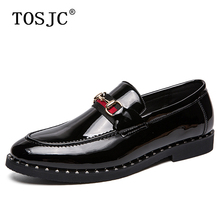 TOSJC Fashion Handmade Men Loafers Buckle Slip-on Formal Shoes Rivet Design Pointed -toe Oxfords Breathable Wedding Dress Shoes silver metal pointed toe men loafers england style shinny slip on boat shoes oxfords spring autumn men dress shoes oxfords
