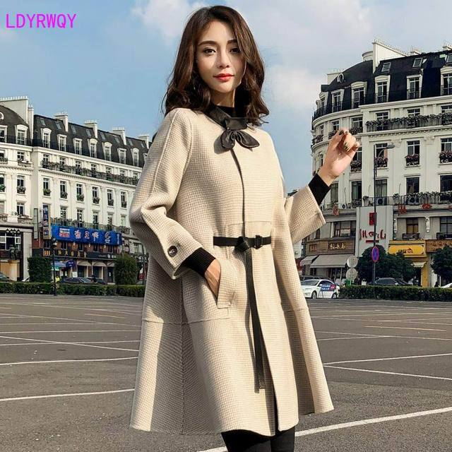 2019 autumn new Korean women's splicing stand collar single-breasted seven-point sleeves fresh and lovely long cloak wool coat 3