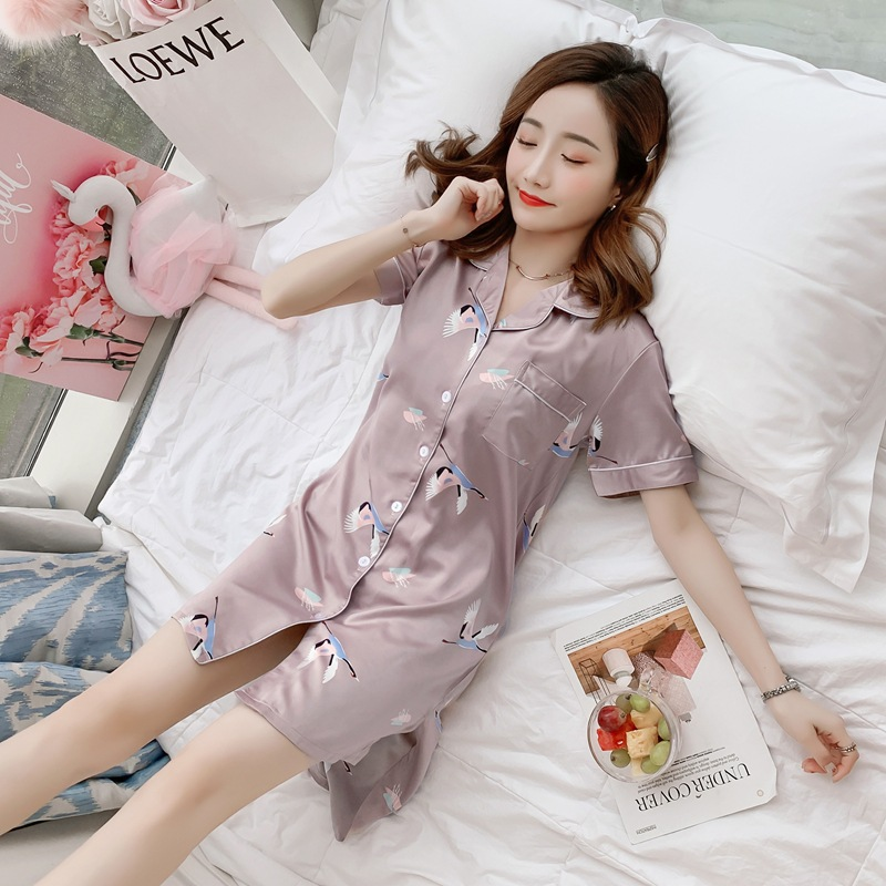 2019 Summer Imitated Silk Fabric Nightgown Women's Summer Short Sleeve Cardigan Silk Nightgown Viscose Home Wear M -Xxl