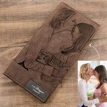 Erkek uzun tarzı Bifold özel yazıt fotoğraf oyulmuş PU deri cüzdan yumuşak dikiş deri cüzdan ince cüzdan