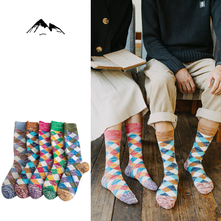 2019 Autumn Unisex Socks Winter New Personality Cotton Plaid Socks Fashion Crew Men's Brief Deodorant Women Happy Unisex Socks