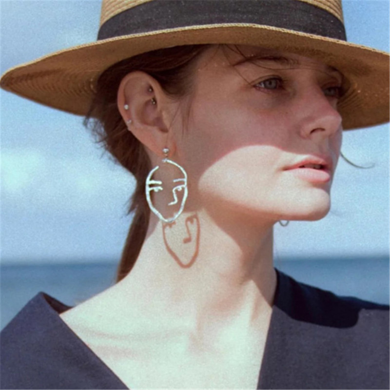 Lady Face Statement Quirky Earrings Korean Gold Silver Abstract Metal Human Art Facial Drop Earrings for Women Jewelry 2019 in Drop Earrings from Jewelry Accessories
